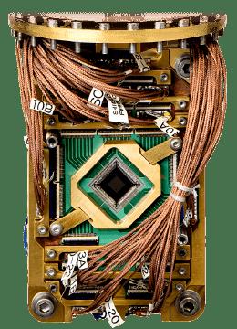 世界初、量子コンピュータの業務活用が可能に